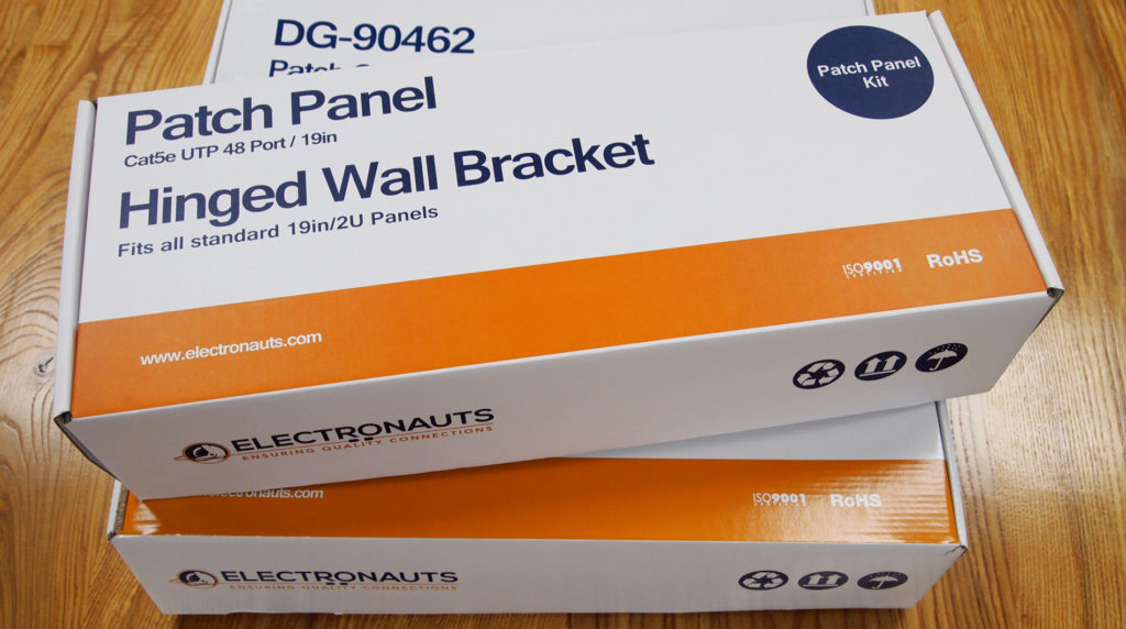 Electronauts Packaging